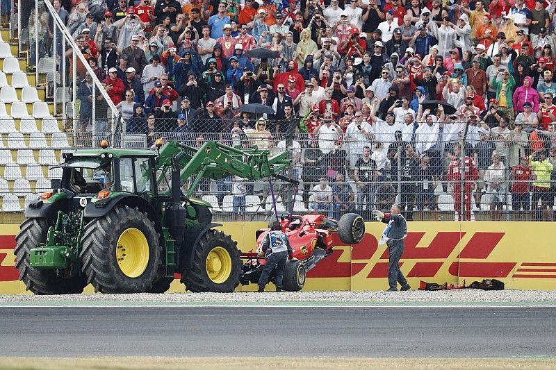 Villeneuve: Erro de Vettel pode dar asas a Hamilton