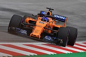 Alonso inicia desde el pitlane por un cambio de alerón delantero