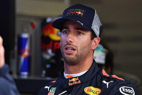 """Ricciardo boccia la strategia Red Bull: """"Lasciato sempre davanti solo, non è corretto!"""""""