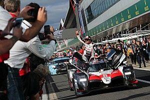 Alonso moet WEC-zege inleveren: beide Toyota's gediskwalificeerd