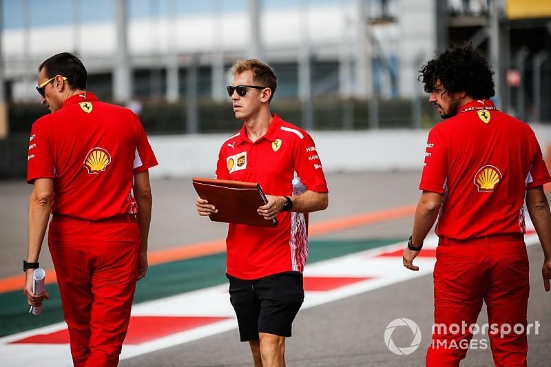 Vettel: Hatalara rağmen Ferrari'nin morali üst seviyede