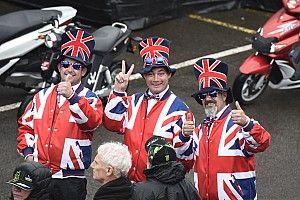 Los pilotos piden disculpas a los fans por la suspensión del GP de Gran Bretaña