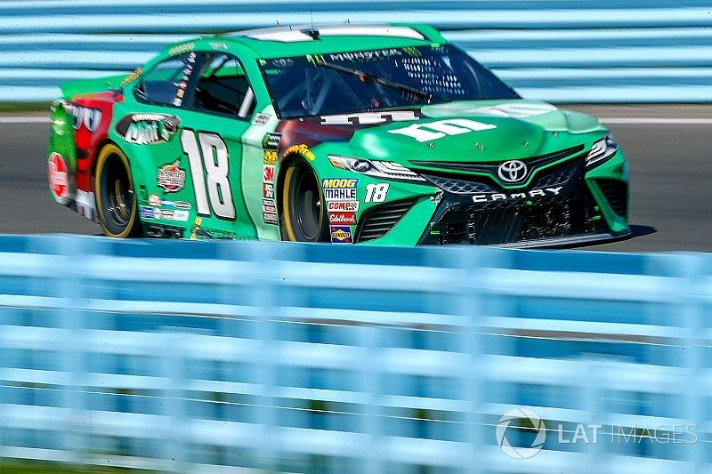 """Kyle Busch on fueling issues: """"Nothing surprises me anymore"""""""