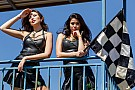 Grid girls colorem o paddock da Stock Car em Cascavel