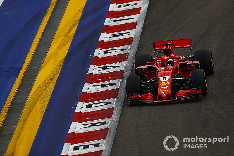 "Vettel frustrated by ""messy"" Singapore qualifying"
