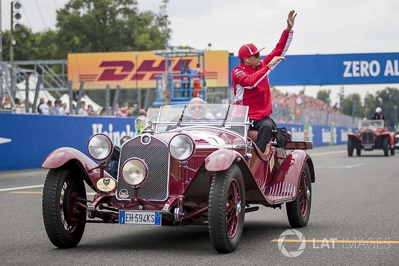 Képeken az F1-es retro versenyzői parádé az Olasz Nagydíjról