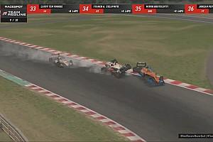 Verstappen en Norris crashen aan de leiding van simrace