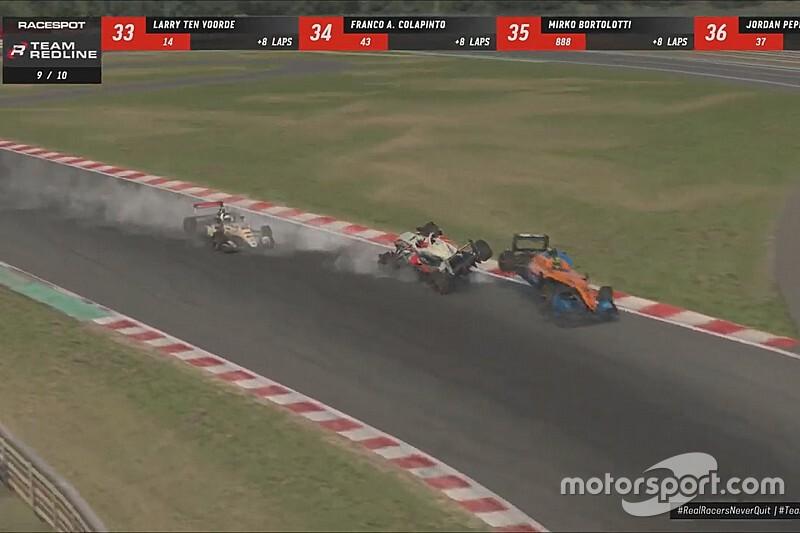 Verstappen ile Norris, 'Real Racers' etkinliğinde kaza yaptı