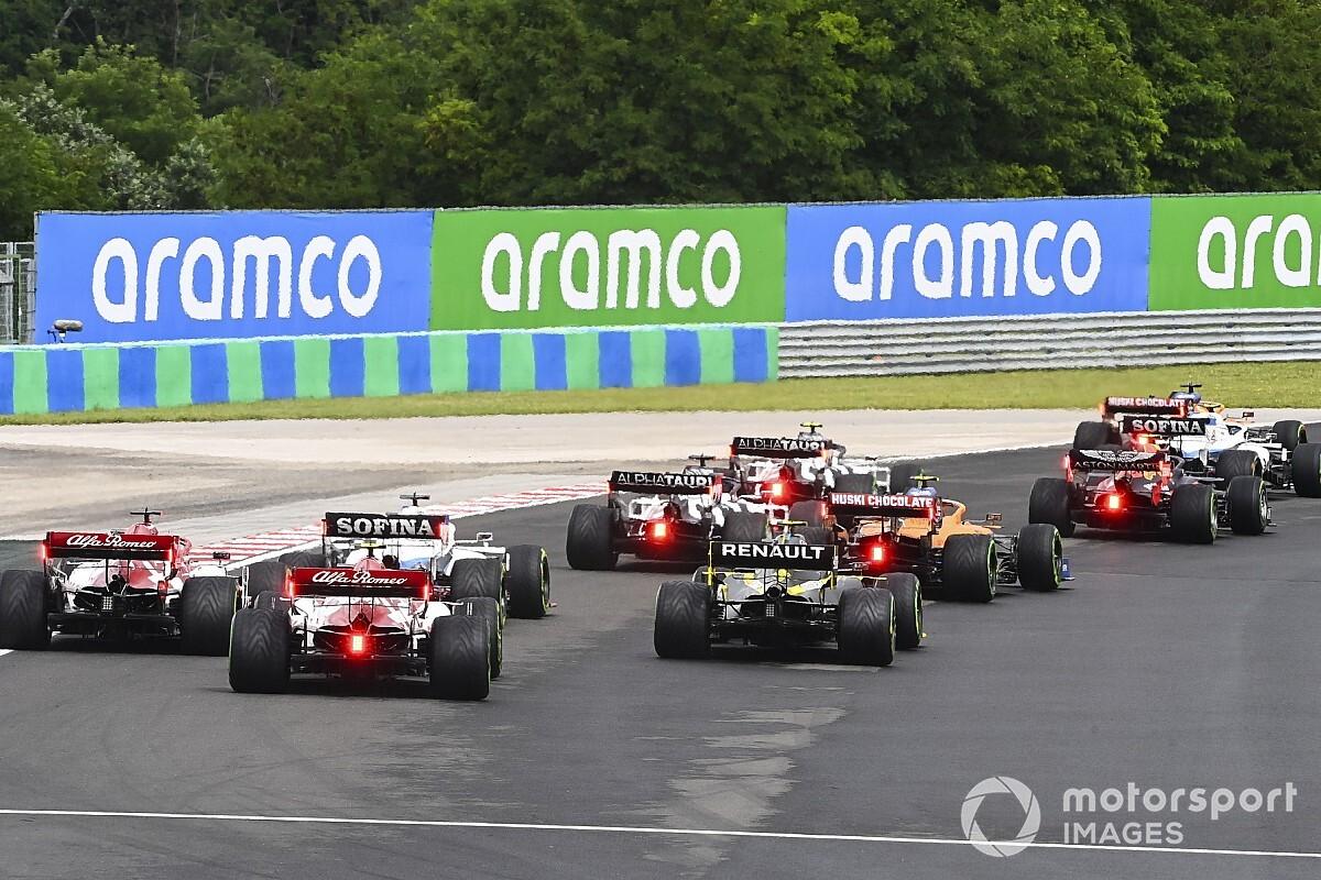 Голосуйте за лучшего гонщика Гран При Венгрии