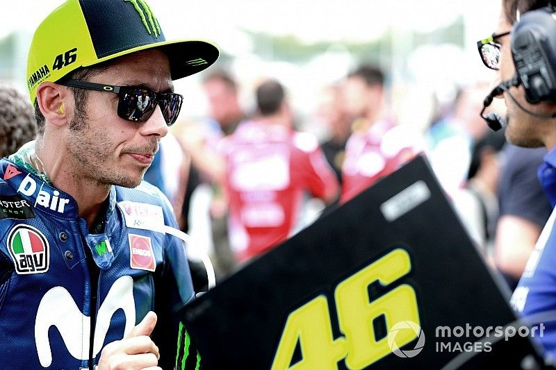 """Rossi: """"Hemos hablado con los peces gordos de Yamaha, pero no sé si el mensaje ha llegado"""""""