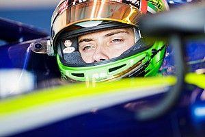 Schweizer Louis Deletraz fährt 2019 Formel 2 für Carlin