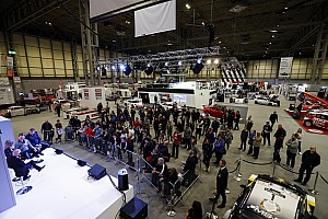 Canlı: Autosport International 2020