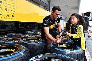 Новая директива FIA запретила привлекать к шинным тестам Ф1 неопытных пилотов