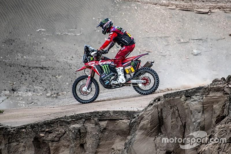 """Dakar: la limitazione del lavoro dei """"mapman"""" divide le opinioni dei piloti di moto"""