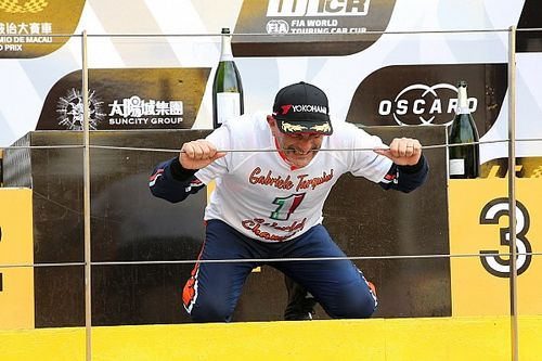"""Tarquini, Campione feroce: """"Ho vinto il WTCR attaccando sempre da vero Cinghiale!"""""""