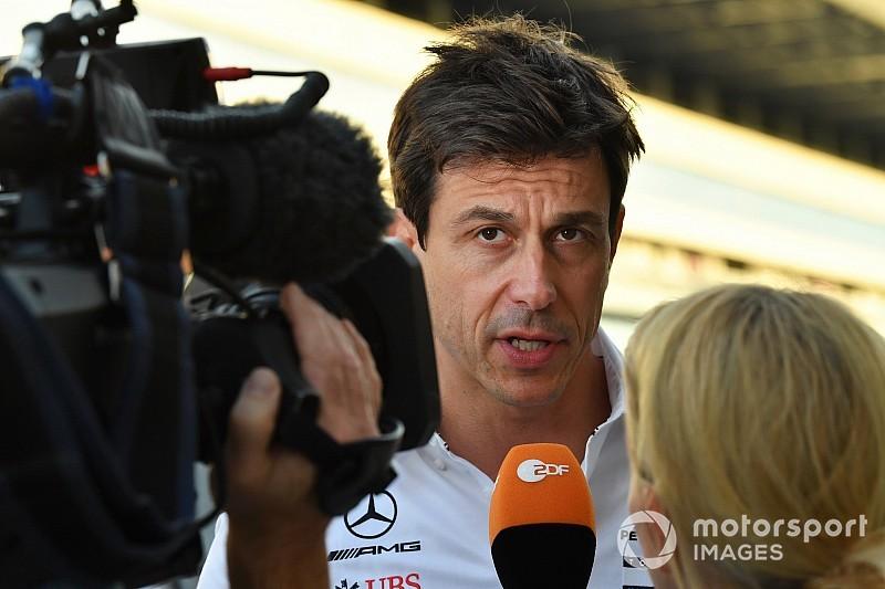 Wolff spiega l'ordine di squadra Mercedes: