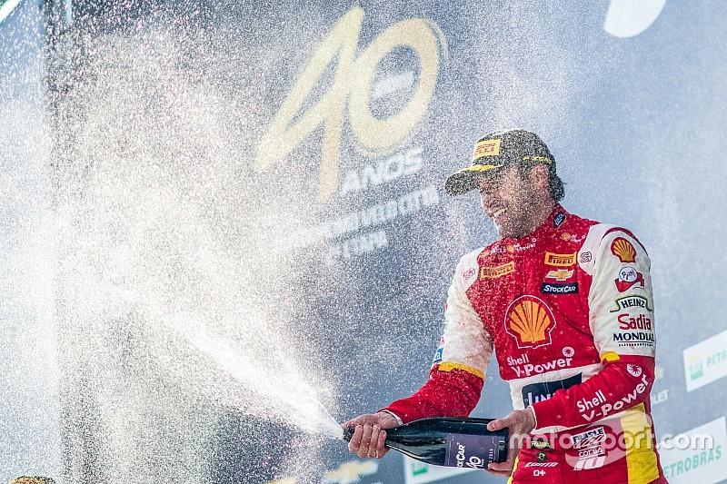"""""""Mais ouvido pela equipe"""", Zonta comemora bom início de temporada na Stock Car"""