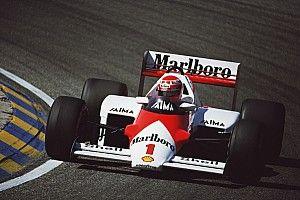 Hamilton Niki Lauda sisakfestésével versenyez Monacóban
