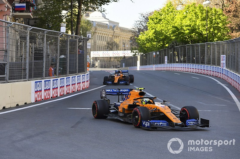 В McLaren объяснили поздний пит-стоп Норриса в Баку