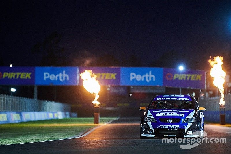 Supercars completes Perth lights test