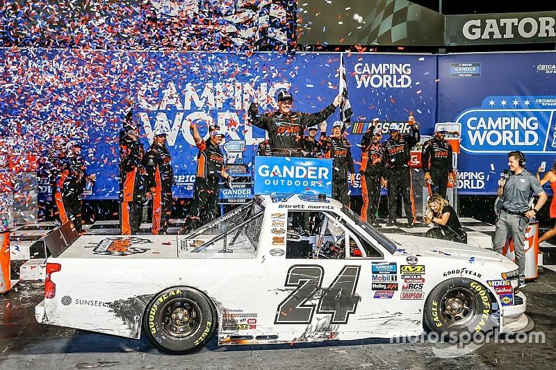Brett Moffitt tops Brandon Jones for Chicagoland Truck win
