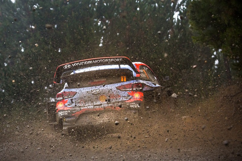 Neuville angry over time loss after botched stage start