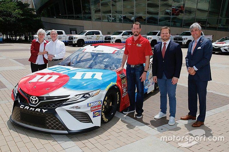 Kyle Busch unveils patriotic Coca-Cola 600 paint scheme