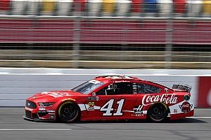 Daniel Suarez tops Kyle Busch in Saturday's first Cup practice