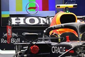 Red Bull se presenta en Sochi con máxima carga trasera