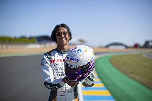 Sean Gelael Siapkan Helm Spesial untuk Le Mans 24 Hours 2021