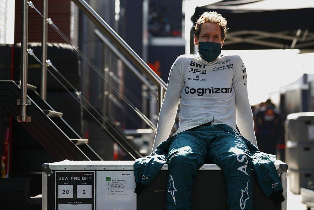 Sebastian Vettel Yakin Bertahan di Aston Martin