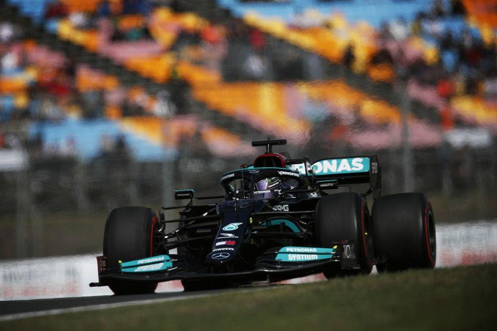 Mercedes explica su jugada con el motor de Hamilton en Turquía