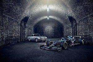 Decoración especial de James Bond en el Aston Martin F1 en Italia