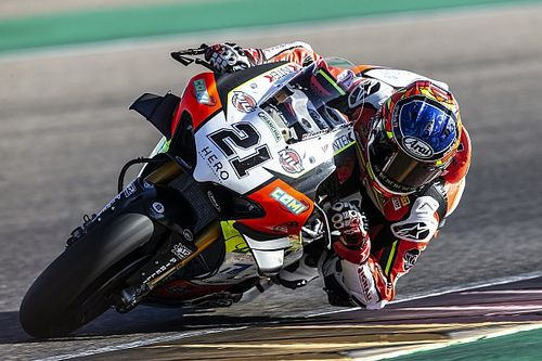 Aragon WSBK: Rinaldi sweeps Friday practice sessions