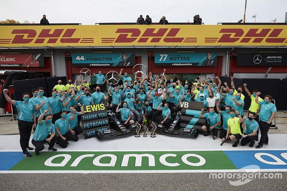 Wolff: los títulos pasaron factura a todos en Mercedes