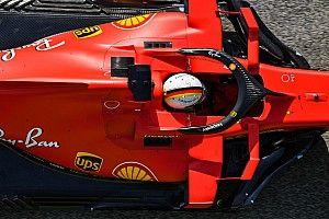 Vettel munkában az Aston Martinnál: maradt az ismerős sisak
