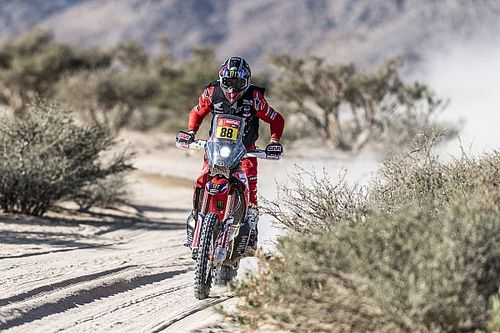Dakar 2021, Stage 2: Barreda wins on bad day for KTM