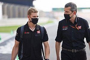 Jangan Berharap Terlalu Cepat pada Mick Schumacher