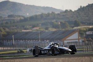 Jajovski Akui Start Balapan Formula E Rumit