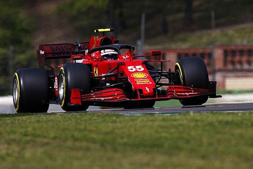 Sainz wijt missen Q3 aan gebrek aan ervaring in Ferrari-bolide