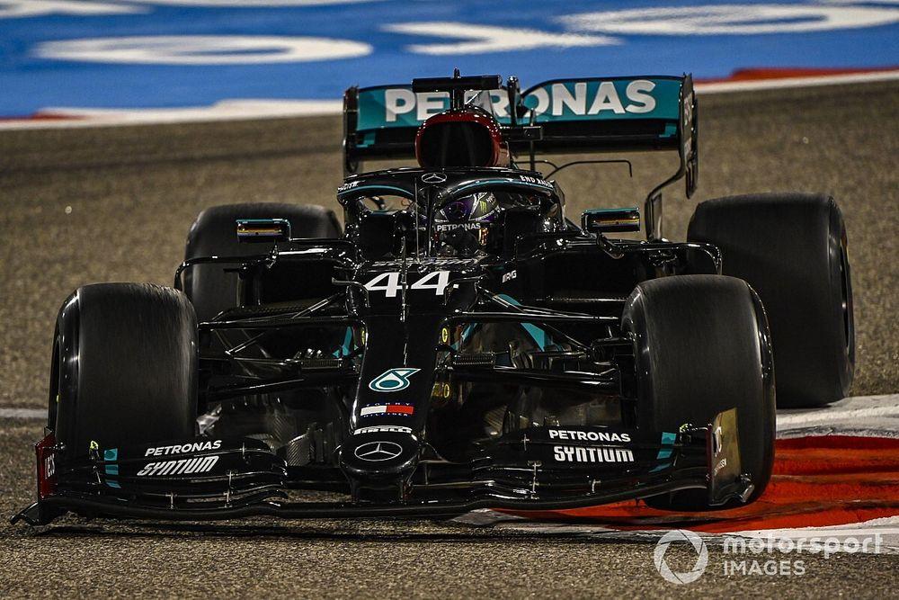F1バーレーンFP2:ハミルトンがトップ。フェルスタッペンはメルセデス勢に割って入る2番手