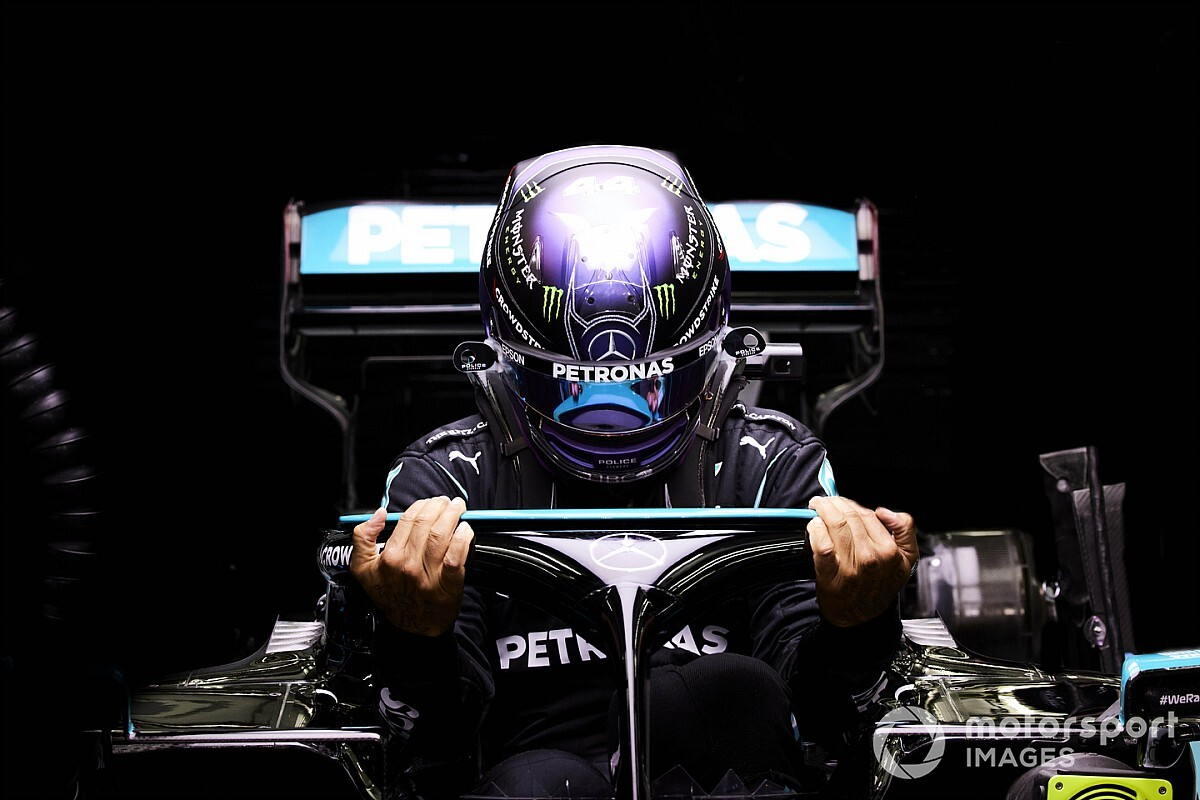 """Hamilton expected gap to Red Bull in qualifying to be """"double"""""""