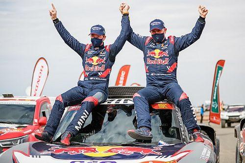 Stéphane Peterhansel gana su 14º Dakar; Sainz, la última etapa