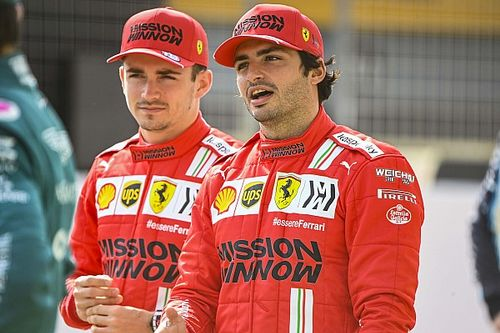 Прогноз экс-пилота Ferrari: Сайнс обгонит Леклера к середине сезона