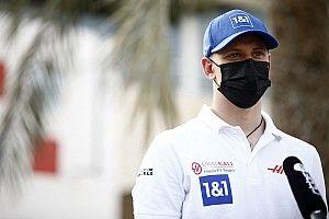 Schumacher helye a Haasnál a Ferrarin múlik, nem a szponzoron