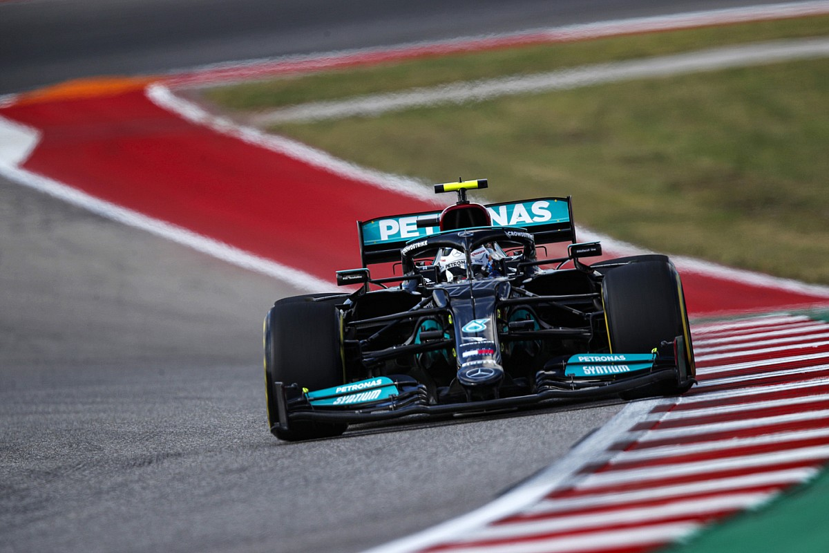 Thumb for article title What's behind Mercedes' F1 straightline performance gains?