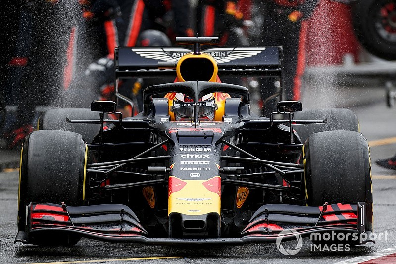 Red Bull rompe su propio récord de parada de pits