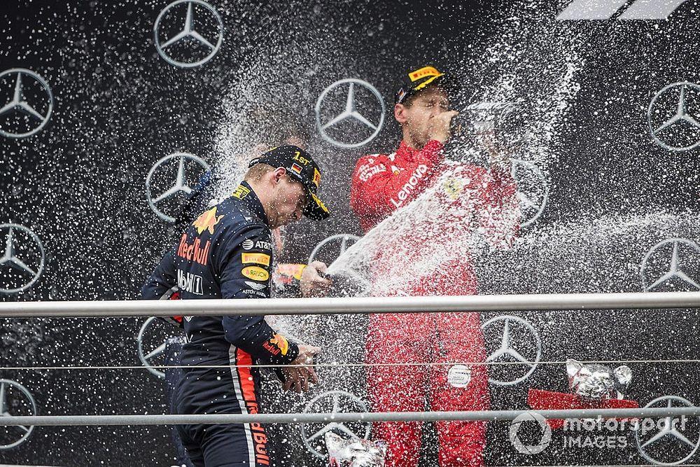 """Verstappen torce pela permanência de Vettel na F1: """"Seria uma pena se não estivesse mais lá"""""""