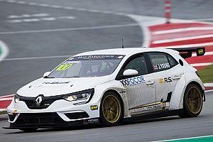 Renault debutta nel WTCR con Young e la Vukovic Motorsport