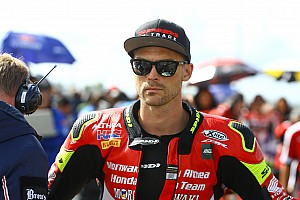 "Camier in ""serious talks"" to stay in WSBK"